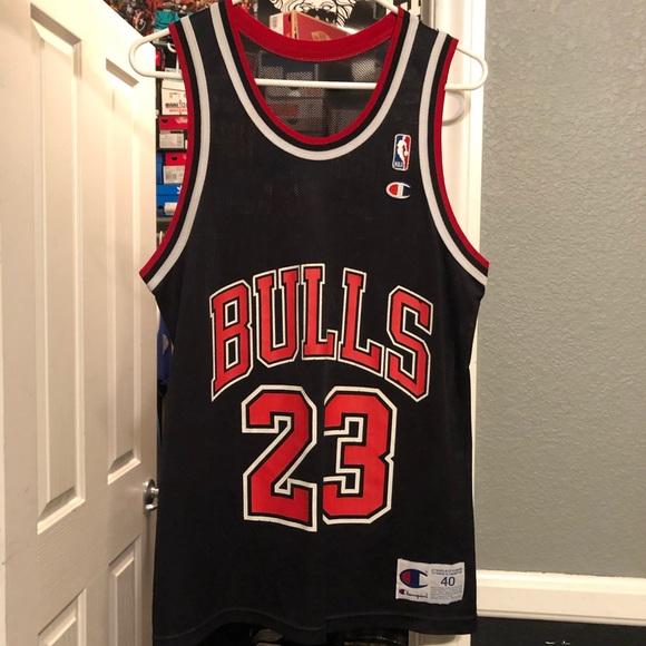 promo code 2065b 26185 Jordan 23 Bulls Jersey size 40 medium champion